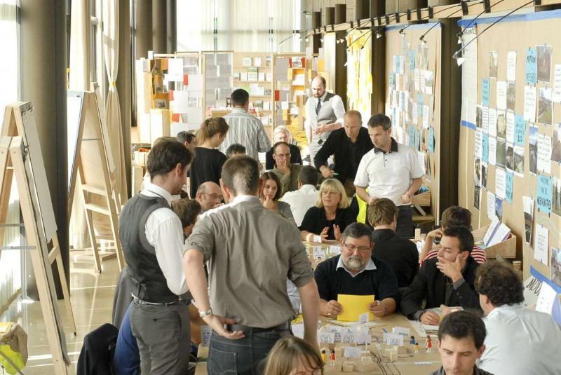 - le Forum des villages du futur, événement à mi-parcours -